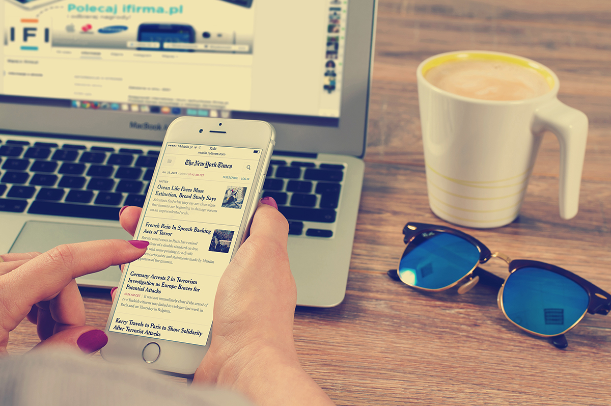 Nadalex, Naslovi, Pisanje, Onilne marketing